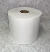 white center pull roll towel